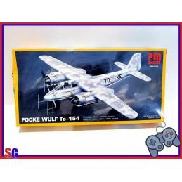 AEREO FOCKE WULF TA-154 KIT...