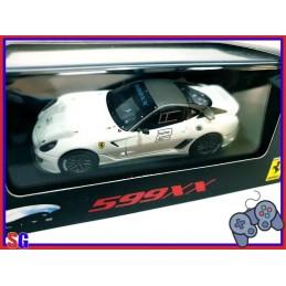 AUTO FERRARI 599XX...